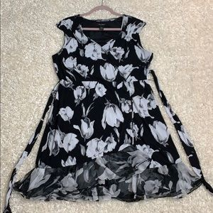 White House black market floral ruffle wrap dress